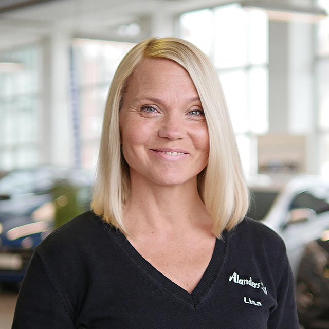 Lisa Alander - Alanders bil i Östersund
